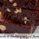 Sernik czekoladowo-orzechowy z Thermomixem