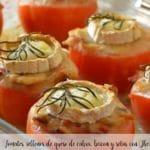 Pomidory nadziewane kozim serem, boczkiem i pieczarkami z Thermomixem
